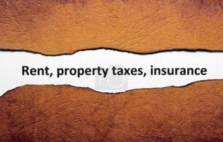 Photo pour Assurance loyer impôt foncier - image libre de droit