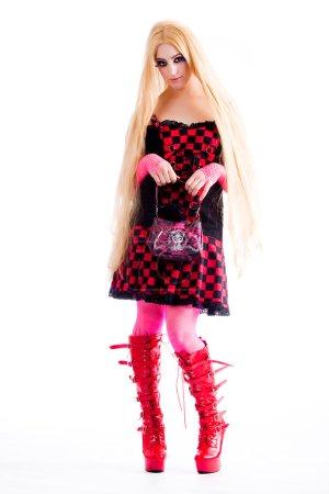 Photo pour Jeune fille habillée dans le style harajuku funky japonais - image libre de droit