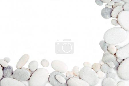 Photo pour Pierre de caillou blanc cadre arrière-plan de bordure - image libre de droit