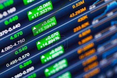 Photo pour Stimuler le marché boursier - image libre de droit