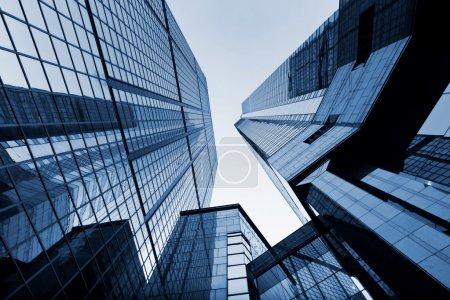 Photo pour Bâtiment commercial - image libre de droit