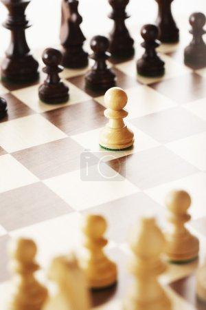 Photo pour Déplacement d'ouverture dans le jeu d'échecs - image libre de droit