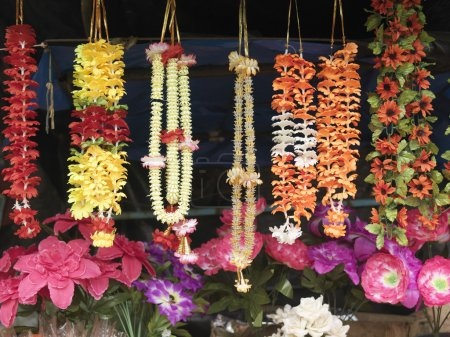 Necklaces and artificial flowers