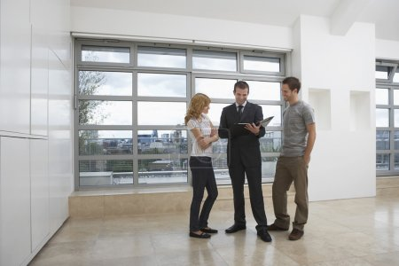 Couple standing  in Apartment