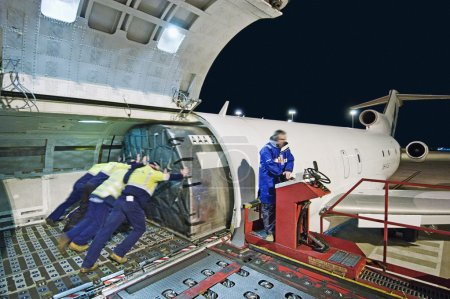 Airfreight loading