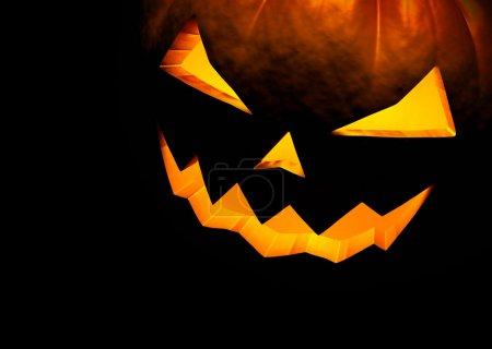 Photo pour Jack o lanterne halloween citrouille sur fond noir. bouchent avec espace de copie. rendu 3D - image libre de droit
