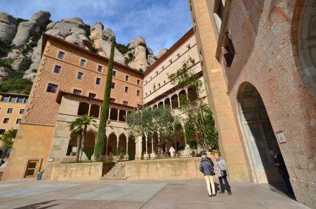 Ploshadki Montserrat monastery (monastery of Montserrat). Spain.