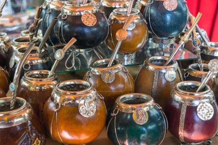 Photo pour Une sélection de calebasse mate tasses vu en Argentine - image libre de droit
