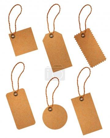 Photo pour Étiquette de prix du papier brun isolé sur fond blanc - image libre de droit