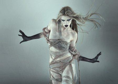 The walking dead girl...