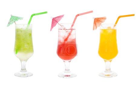 Photo pour Collection de cocktails de jus colorés pour les boissons estivales - image libre de droit