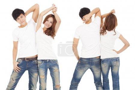 Photo pour Vue avant et arrière couple heureux avec t-shirt blanc - image libre de droit