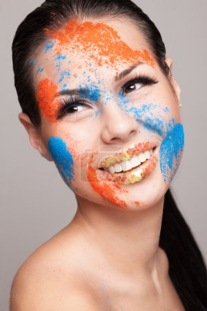 Faceart with dry powder colors