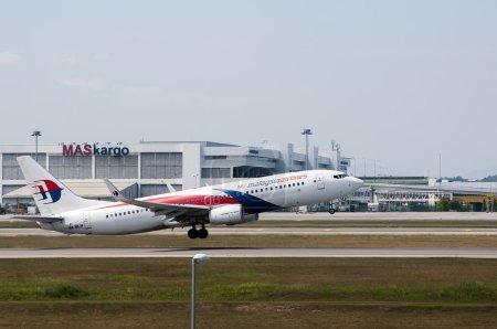 Boeing 737 Take Off