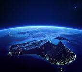 Australien mit aus dem Weltraum in der Nacht die Lichter der Stadt