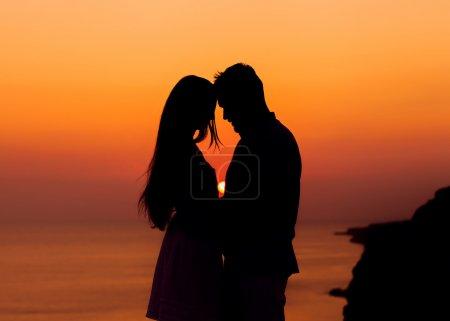 Sillhouette couple