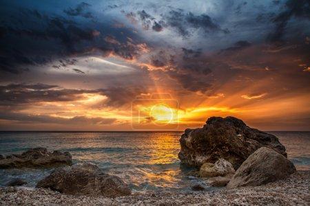 Foto de Salida del sol en la playa - Imagen libre de derechos
