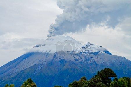 Closeup of Tungurahua Volcano eruption