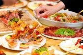 Lidský přístup potraviny na stranu