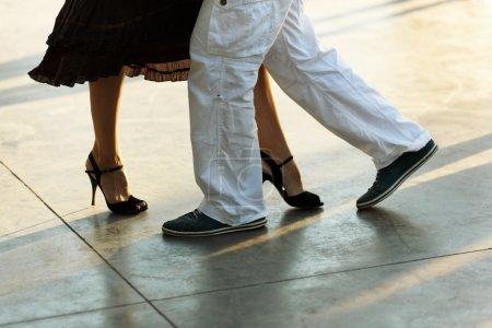 tango on the street
