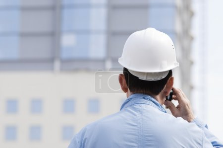 architect on the phone