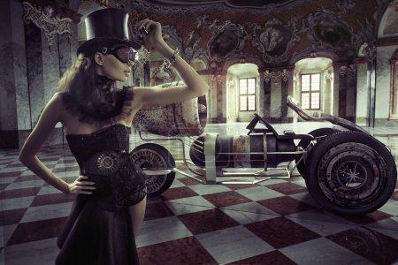 Photo pour Belle dame vêtue avec voiture rétro - image libre de droit