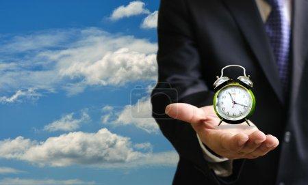 Photo pour Rétro alarm clock sur place, perdre la notion du temps - image libre de droit