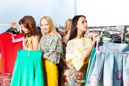 women   in  mall