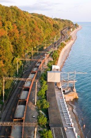 Photo pour Chemin de fer en Mer Noire - image libre de droit