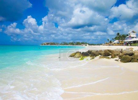 Photo pour La commune (scienic) de Aruba beach - image libre de droit