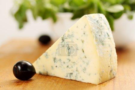 fine blue cheese