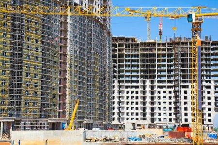 Photo pour Construction, grue jaune . - image libre de droit