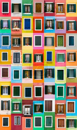Photo pour Burano windows, Italie - image libre de droit