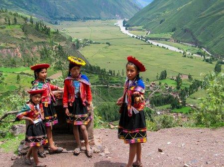 Children at Mirador Taray near Pisac in Peru