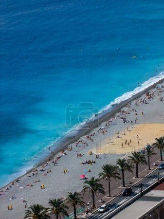 Photo pour Plage à Nice, France - image libre de droit