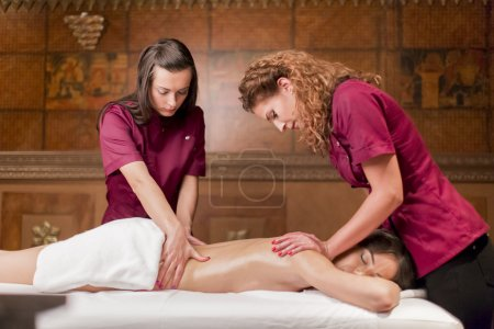 Massage with four hands