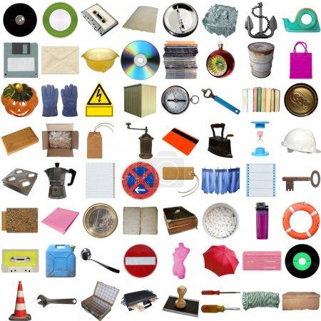 Photo pour Beaucoup d'objets isolés sur un fond blanc - image libre de droit