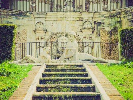 Retro look Villa della Regina