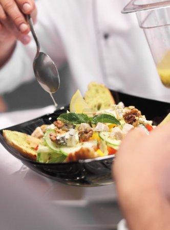 Photo pour Sauce à salade - image libre de droit