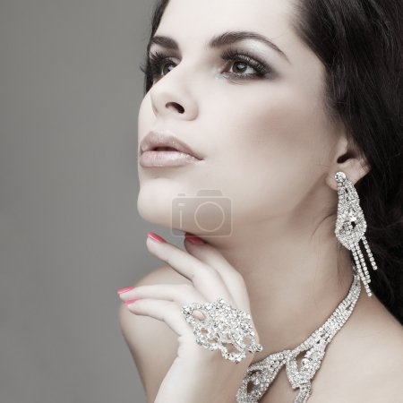 Photo for Portrait elegant sexual woman in fashion style - Royalty Free Image