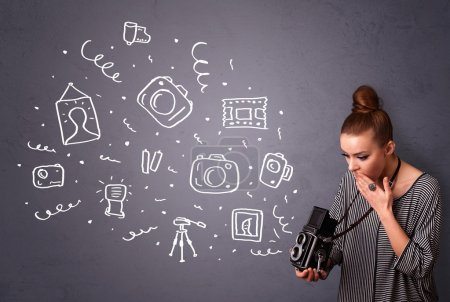 Photo pour Jeune photographe fille tir icônes photographie - image libre de droit