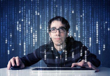 Photo pour Hacker décodage des informations de la technologie de réseau futuriste avec des symboles blancs - image libre de droit