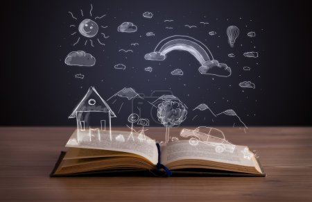 Photo pour Livre ouvert avec paysage dessiné à la main sur le pont en bois - image libre de droit
