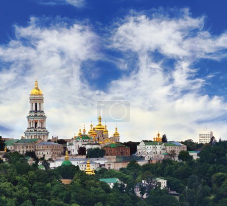 Photo pour Célèbre pechersk lavra monastère à kiev, ukraine - image libre de droit