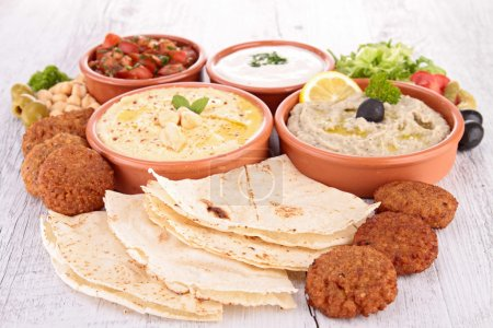 assortiment de nourriture orientale, mezze