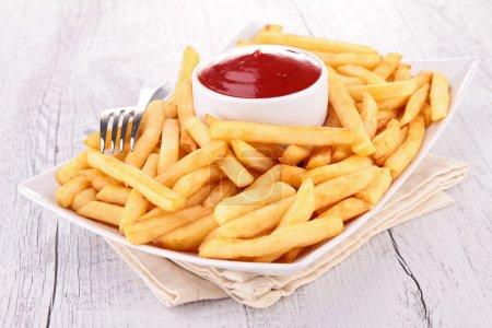 Photo pour Français frites et ketchup - image libre de droit