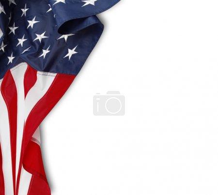 Photo pour Gros plan de ridée drapeau américain sur fond blanc - image libre de droit