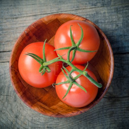 Bowl of fresh red tomato