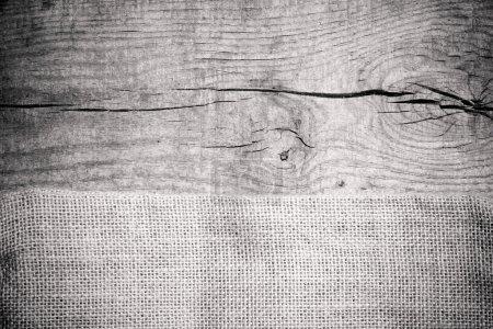texture de la toile de jute sur table en bois