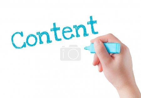 Photo pour Rédaction de contenu avec le marqueur bleu à bord transparent lingette à la main. - image libre de droit